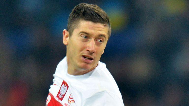 Robert Lewandowski: Admits he is impressed by Robbie Keane's feats
