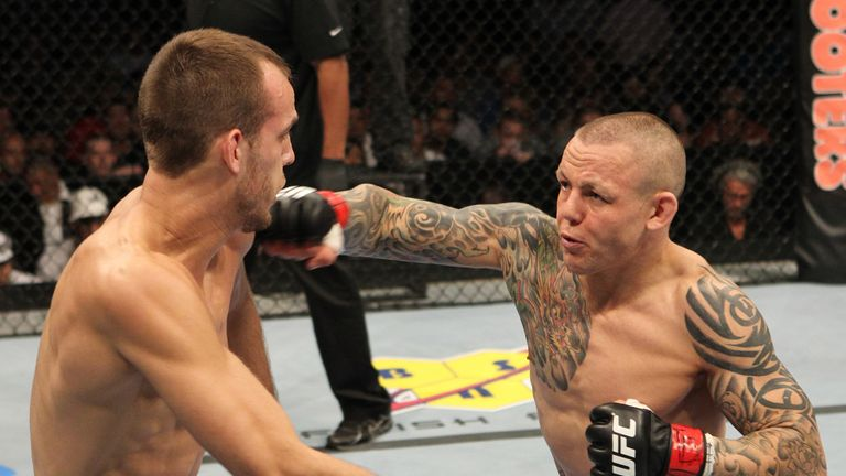 Ross Pearson (R): Will take on Melvin Guillard at UFC Fight Night in Manchester