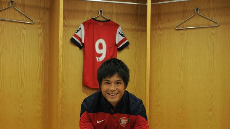 Ryo Miyaichi: Enjoying sharing the Arsenal dressing room with Mesut Ozil
