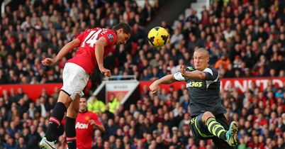 Javier Hernandez: Heads home United's winner
