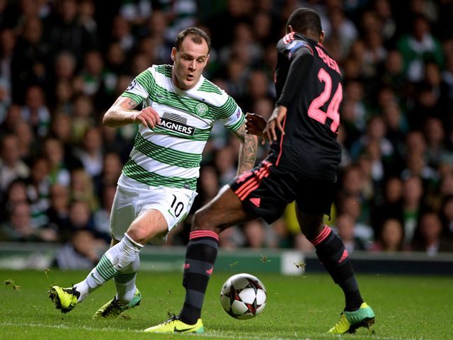 Anthony Stokes takes on Stefano Denswil