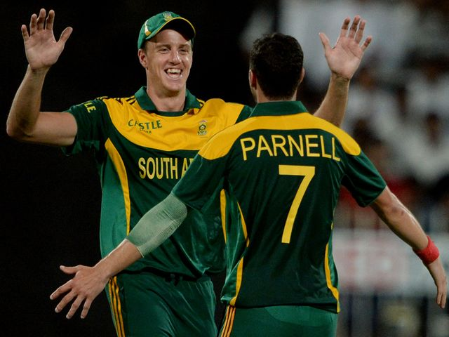 Morne Morkell and Wayne Parnell celebrate