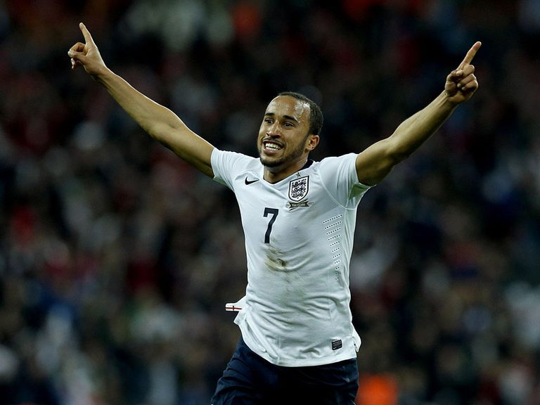 Andros Townsend: Set for new Tottenham deal