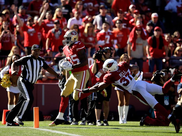 Vernon Davis scores for the 49ers