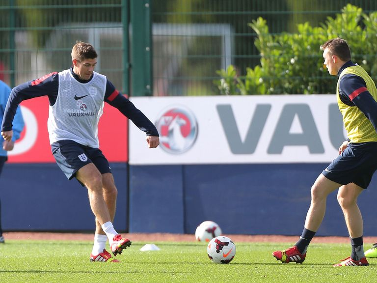 Steven Gerrard in training with England