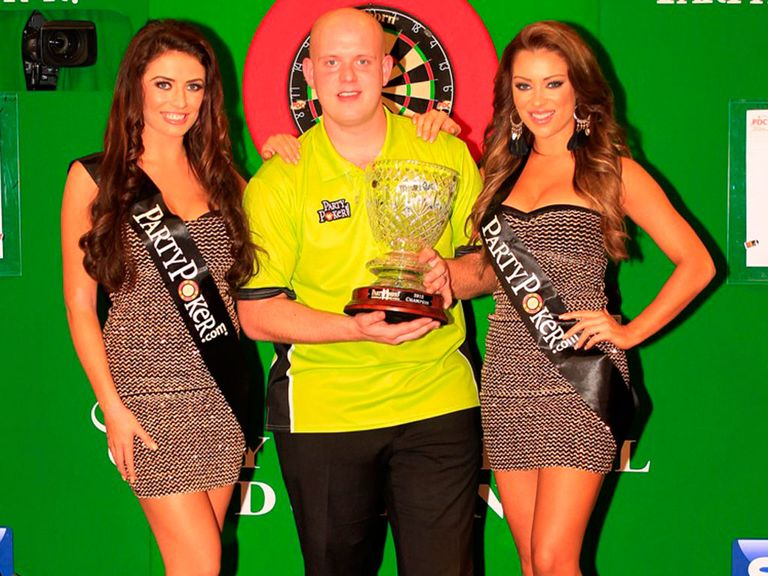 Michael van Gerwen started his defence with a 2-0 win