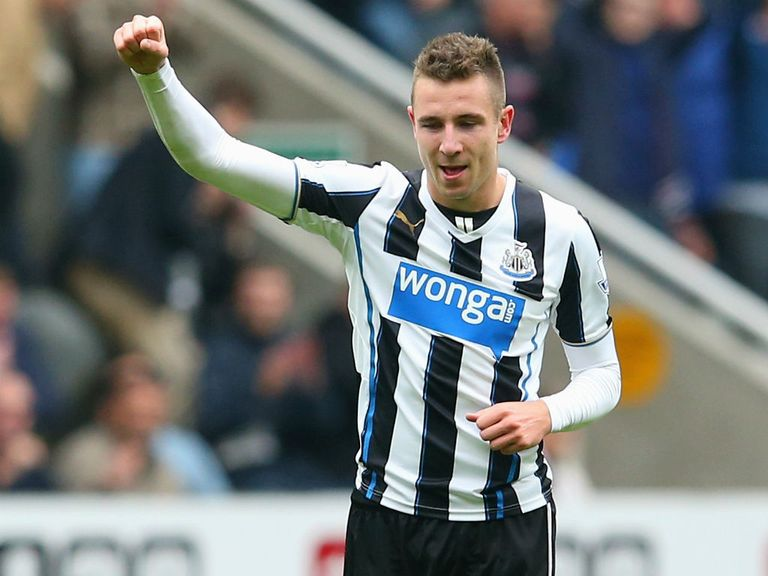 Paul Dummett: Hopes to face Sunderland next weekend