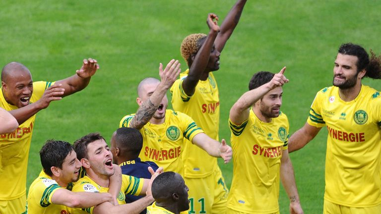 Nantes: Celebrate their victory at Bordeaux