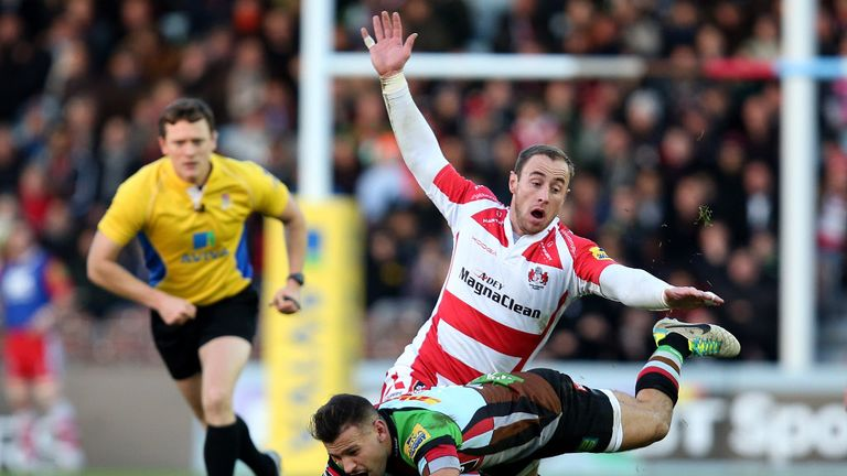 Jimmy Cowan (in cherry and white) in action against Harlequins