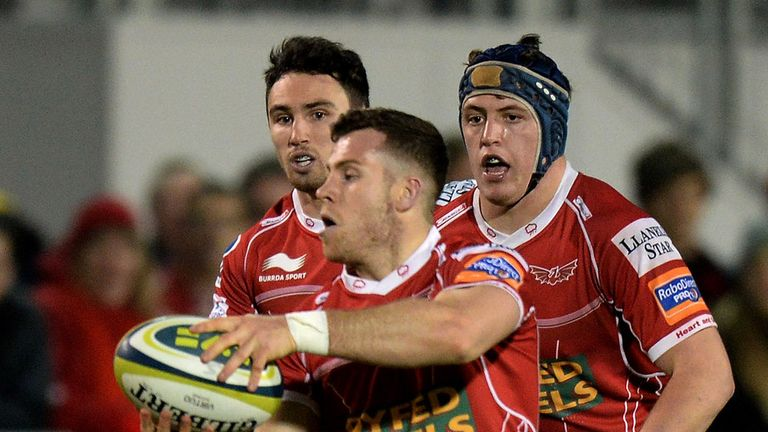 Gareth Davies: Touched down for Scarlets