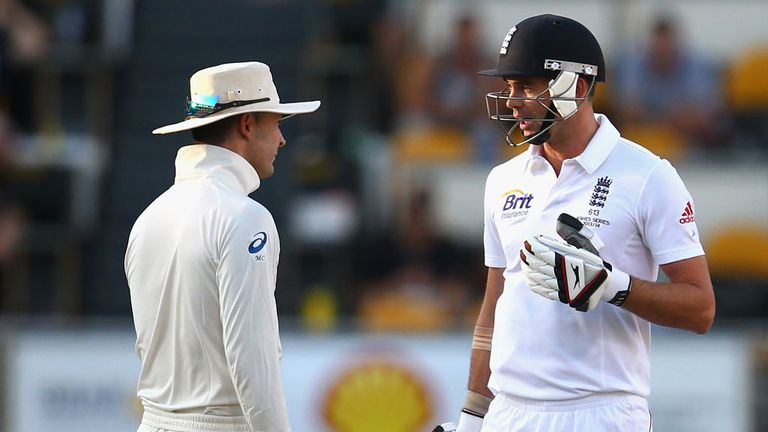 Jimmy Anderson: No problem with Michael Clarke's sledging