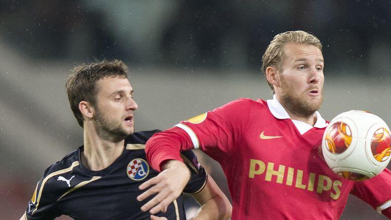 Marcelo Brozovic and Ola Toivonen: Battle for the ball