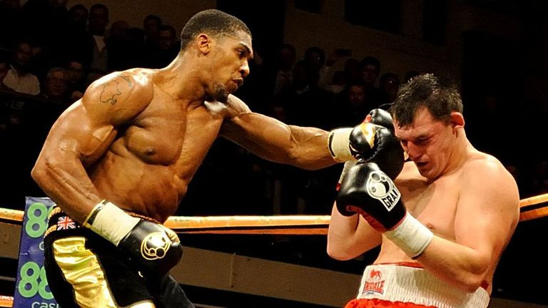 Anthony Joshua lays into Hrvoje Kisicek prior to the stoppage
