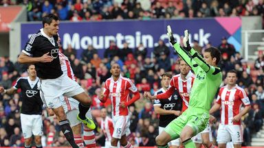 Jose Fonte: Southampton defender praised spirit against Stoke