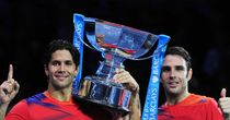 Spanish duo stun Bryans at O2