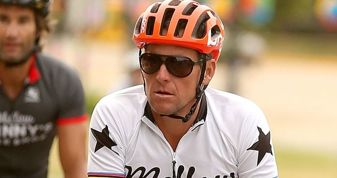 Lance Armstrong says he now only rides with friends