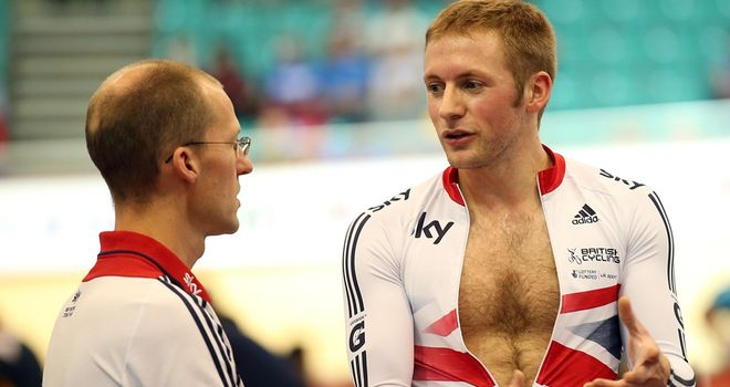 Jason Kenny failed to get through the individual sprint qualifying round in Manchester