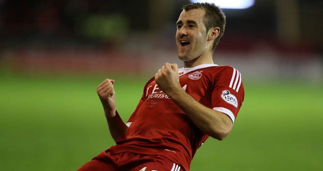 Niall McGinn: Two goals for Aberdeen striker at Hibernian