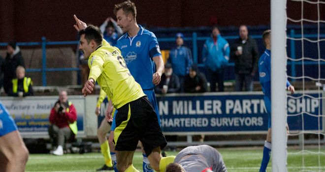 Steven Thompson: Turns away after putting Saints 2-1 up against Queen of the South