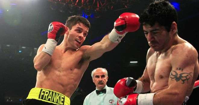 Stephen Smith (L): Knocked out Sergio Medina with a classy body shot (Image: Lawrence Lustig)