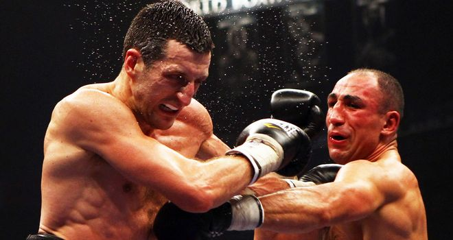 Carl Froch pounded out a points win over Arthur Abraham in 2011