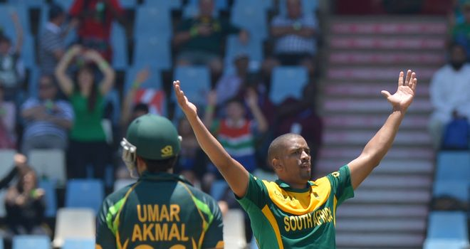 Vernon Philander: South Africa seamer celebrates the wicket of Pakistan's Umar Akmal