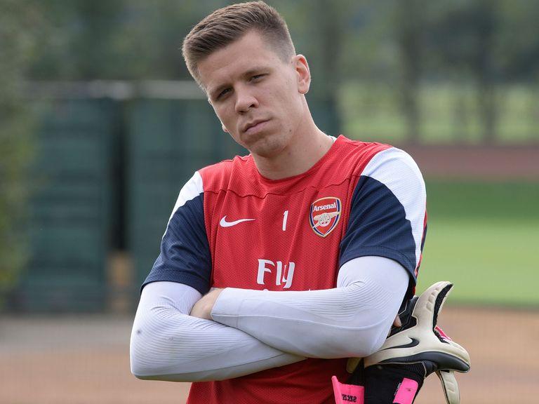 Wojciech Szczesny: Praise for Arsenal's defence