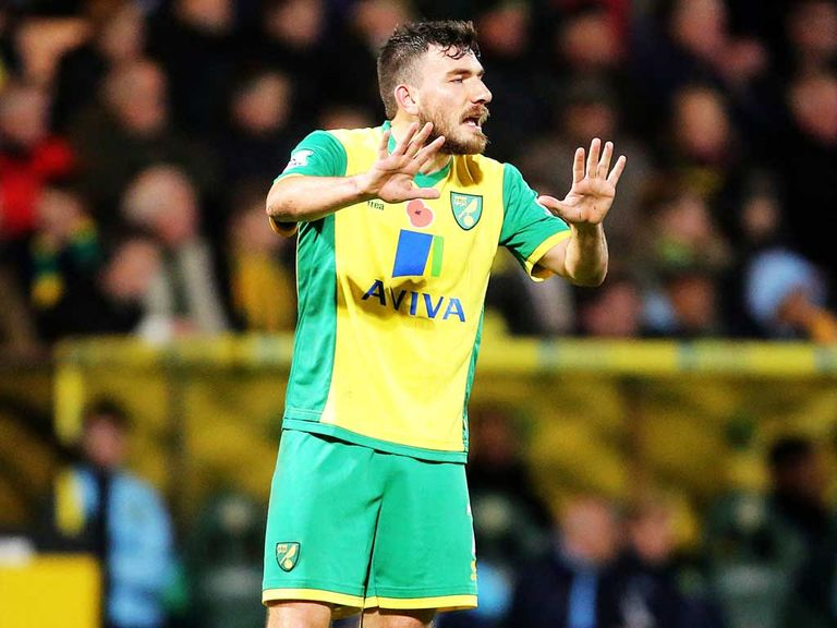 Robert Snodgrass: Norwich winger flattered by Celtic link