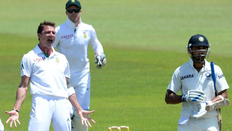 Dale Steyn: Bowled on against India despite rib pain