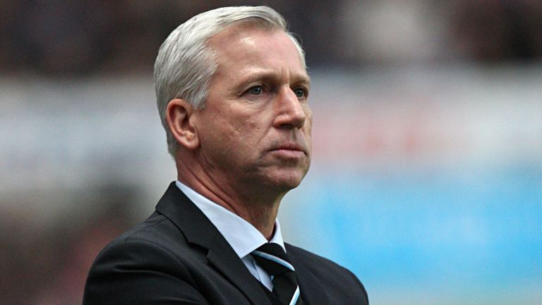 Alan Pardew: Newcastle boss left frustrated
