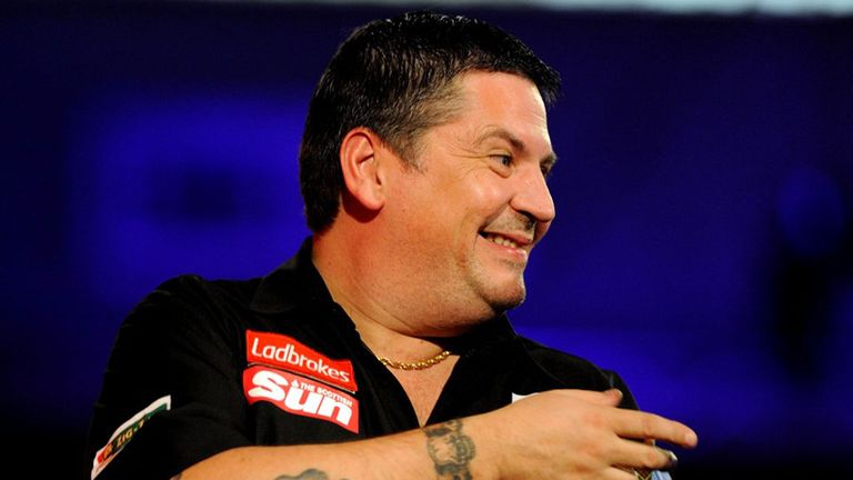 Gary Anderson: Scot averaged more than 97 during 3-0 win against Mark Dudbridge
