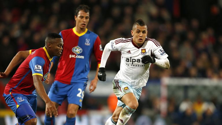 Ravel Morrison: West Ham midfielder has not asked for move