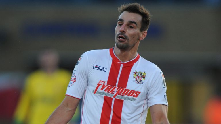 Filipe Morais: Portuguese winger leaving Stevenage after two years