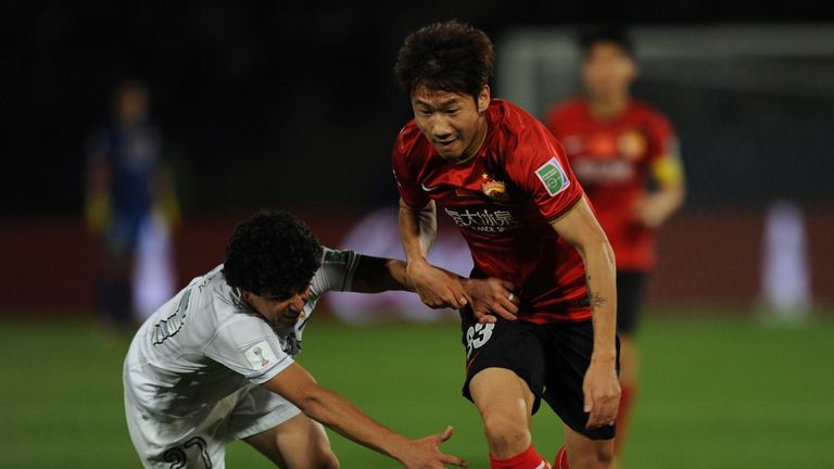 Hao Rong makes a break for Guangzhou Evergrande