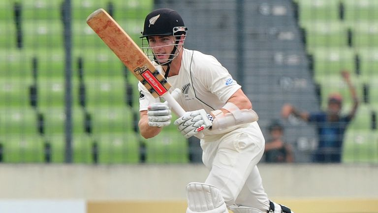 Kane Williamson: Struggling with a thumb problem