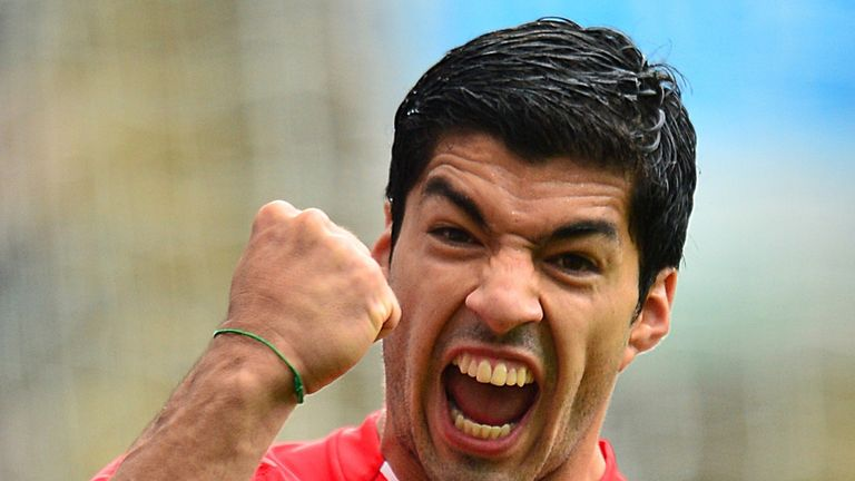 Luis Suarez wants to play every game, says Colin Pascoe