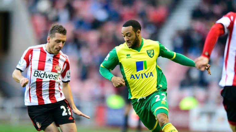 Emanuele Giaccherini: Battles with Nathan Redmond in draw with Norwich