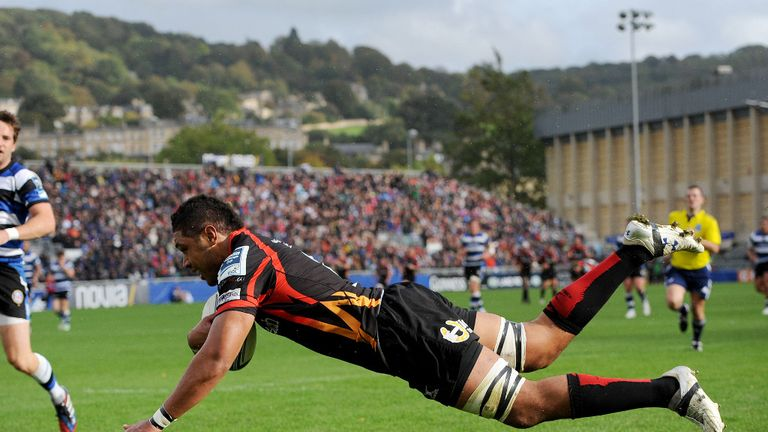 Toby Faletau: No 8 scored Newport Gwent Dragons' only try