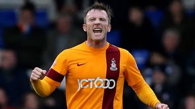 Garry Thompson: Agrees Notts County deal