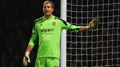 Jussi Jaaskelainen: West Ham goalkeeper puts pen to paper on new deal