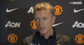 Moyes aiming to climb table
