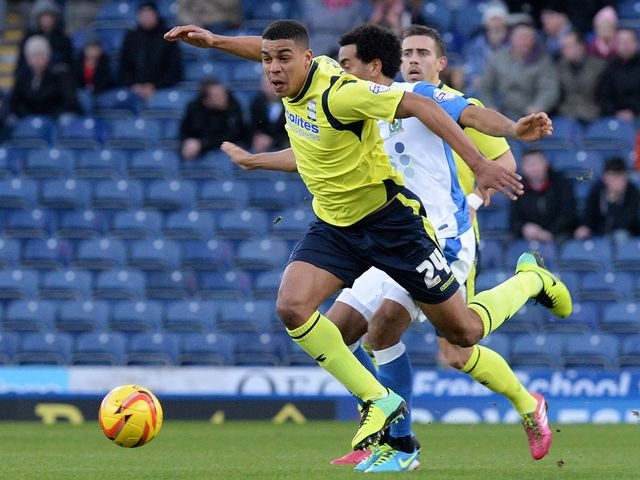Tom Adeyemi escapes from Lee Williamson