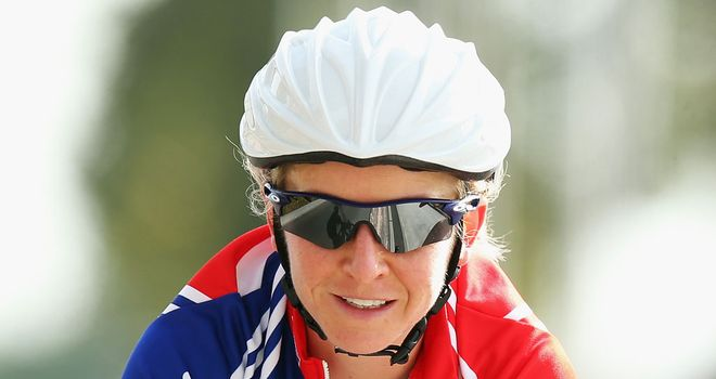 Emma Pooley: Will return full-time to cycling in 2014