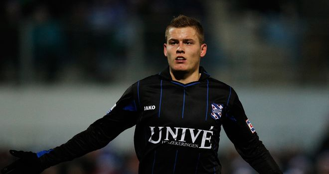 Alfred Finnbogason: On target for Heerenveen in 2-1 victory over Heracles Almelo