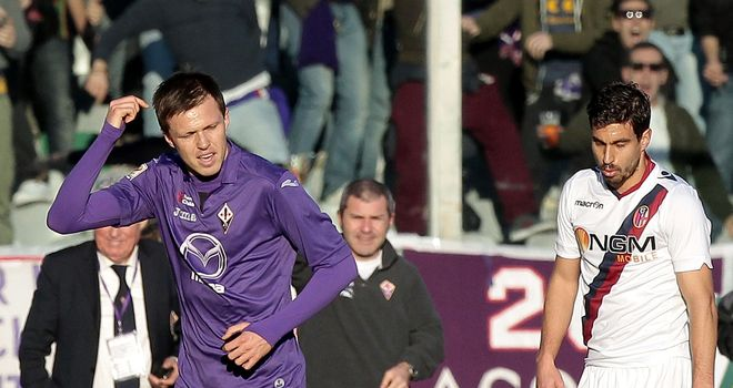Josip Ilicic celebrates for Fiorentina