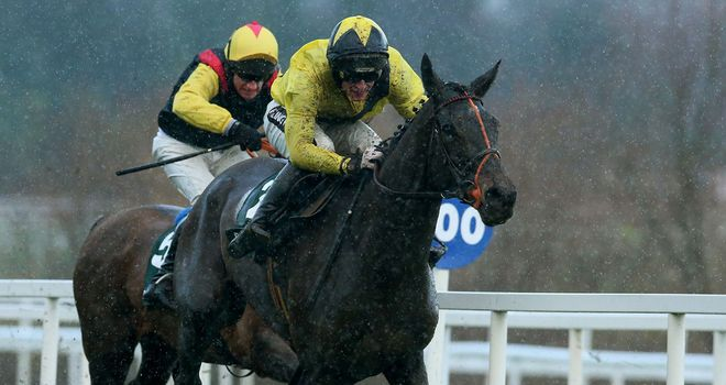 King Of The Picts (black jacket) will wait for Aintree