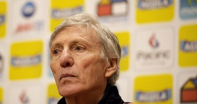Jose Nestor Pekerman: Hands a surprise call-up to Carbonero