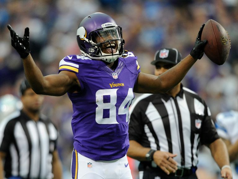 Cordarrelle Patterson celebrates one of his two touchdowns