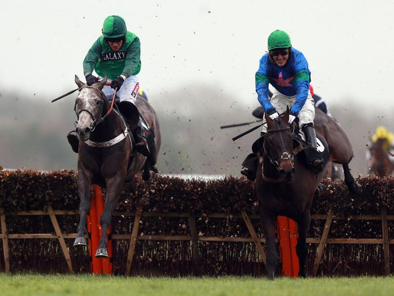 Dawalan (left): Can win for Nicky Henderson