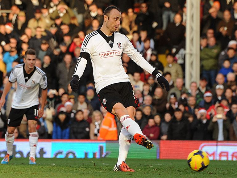 Berbatov slots home a first-half penalty